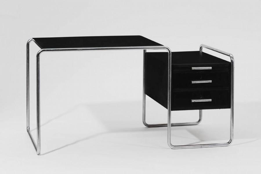 Den Shreibtisch entwarf Marcel Breuer in den 1920er Jahren Besitz der Bauhauskünstlerin Marianne Brandt,