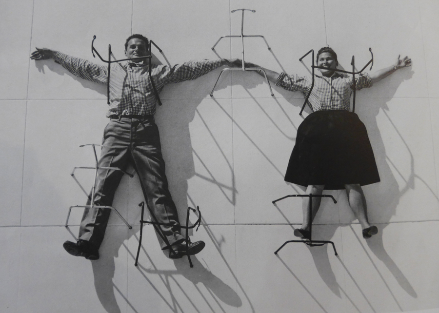 Foto aus: THE WORLD OF CHARLES AND RAY EAMES, 2015